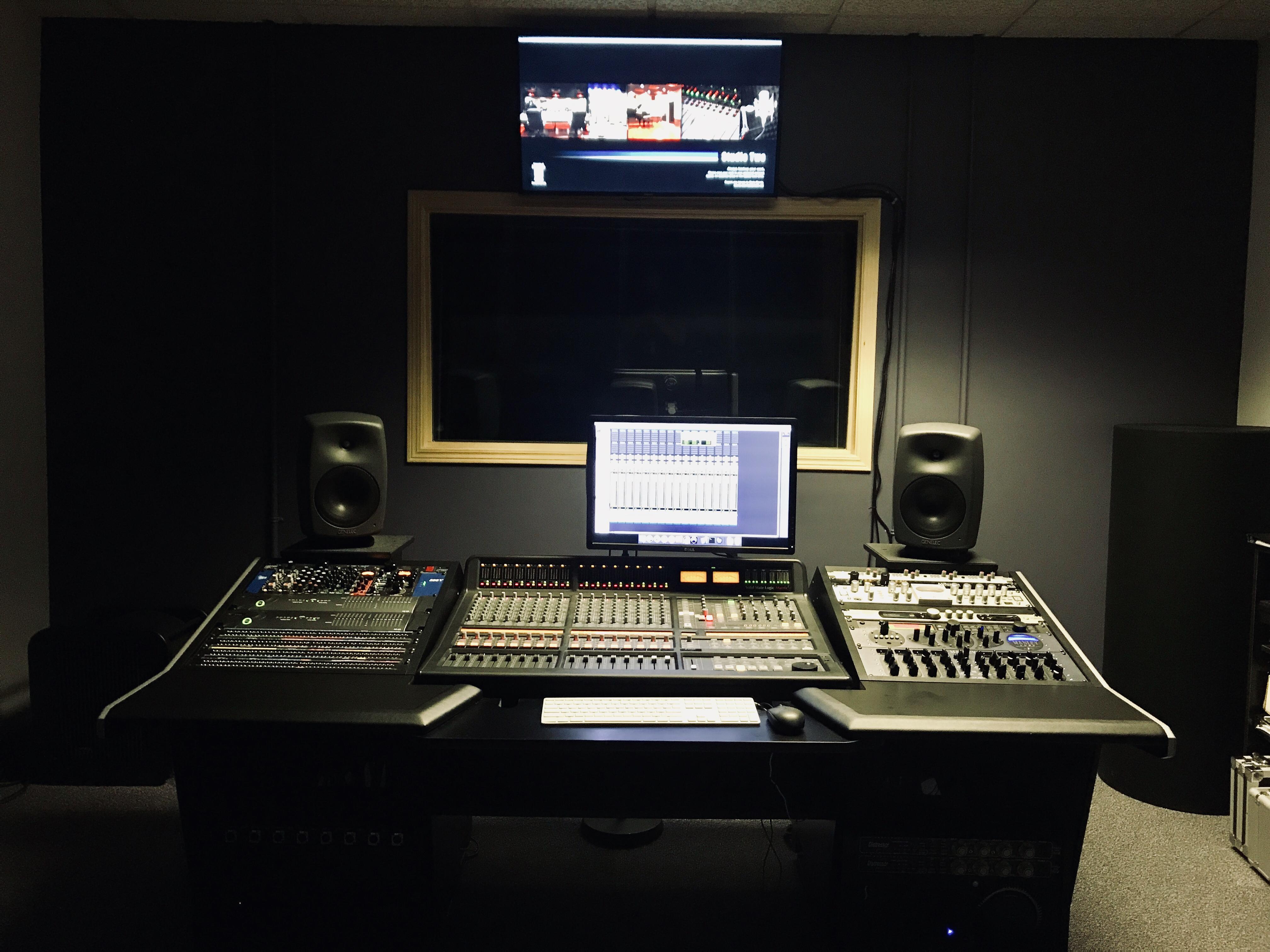 StudioTwo
